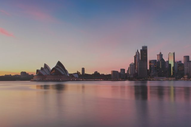 Sydney Attractions Family Package - Metro Aspire Hotel, Sydney
