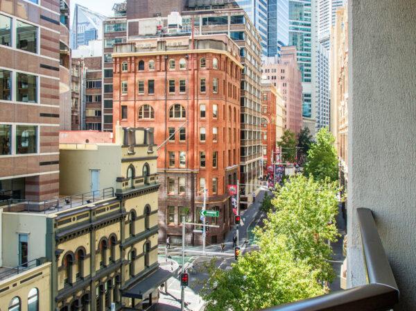 Metro Apartments on King View