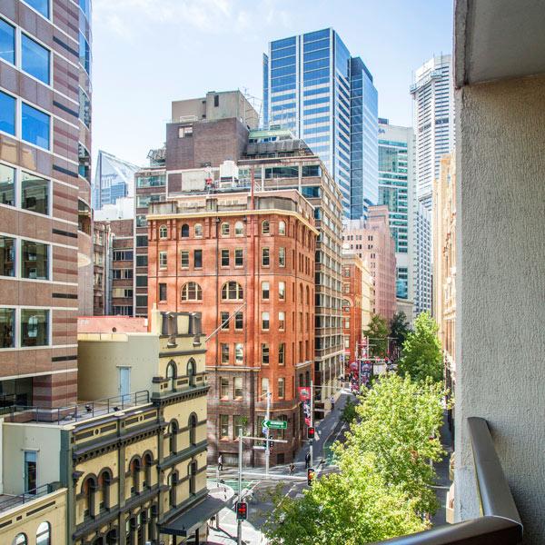 Metro Apartments on King + Sydney, King St + View