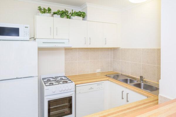 Metro Apartments on King Kitchen