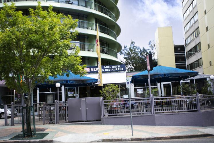04-tm-exterior-pub