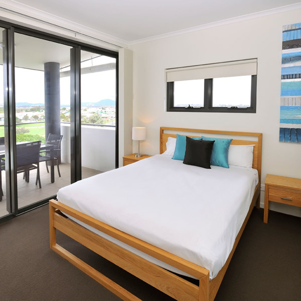 Early Bird Hot Deal - Apartments G60 Gladstone