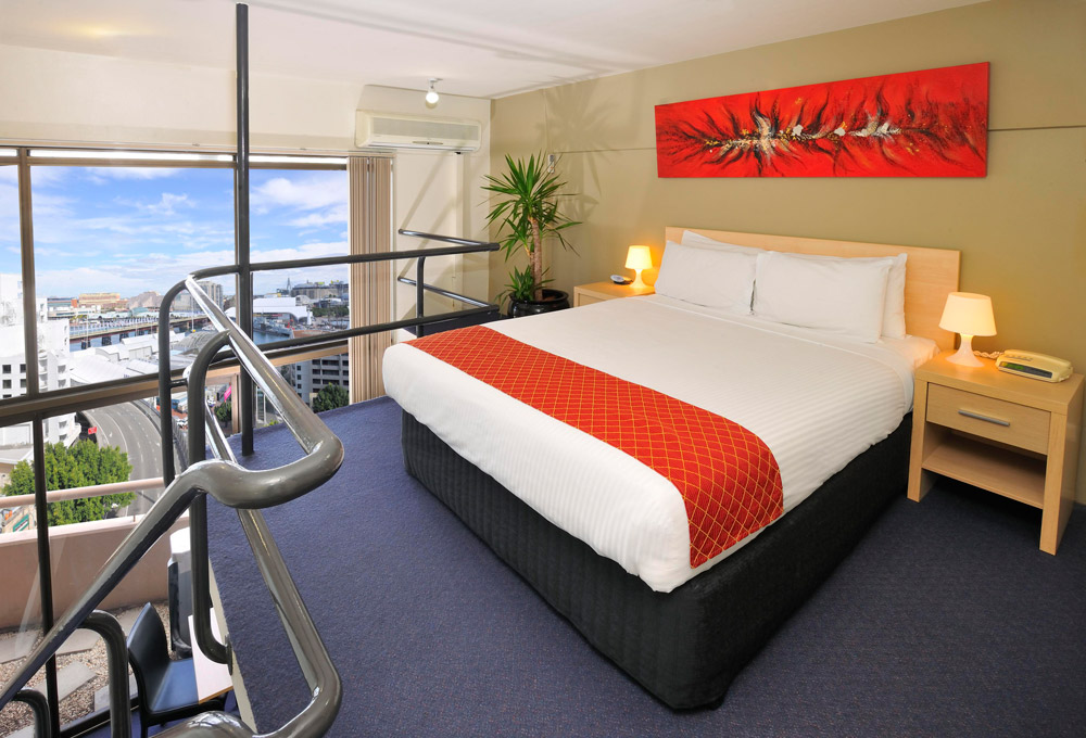 Metro Apartments on Darling Harbour + Bedroom
