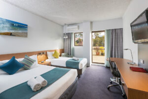 Metro Hotel Miranda Superior Balcony Room