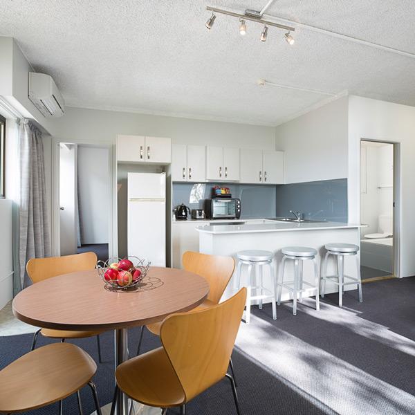 109-livingroom-web