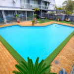 Metro Hotel and Apartments Gladstone Swimming Pool