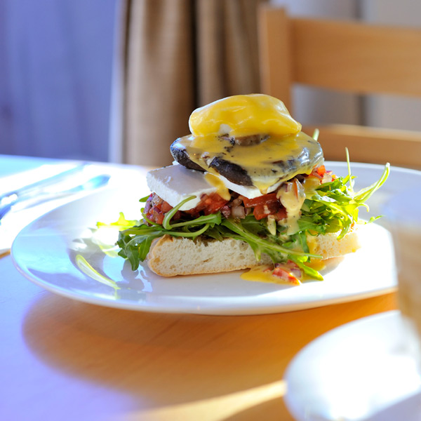 Metro Hotels Ipswich International breakfast 2