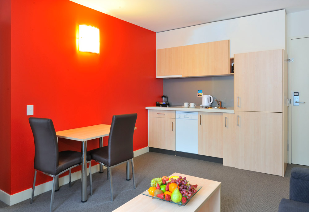 Metro Apartments on Bank Place Melbourne One Bedroom Kitchen
