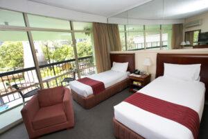 Metro Hotel Tower Mill Standard Twin Room