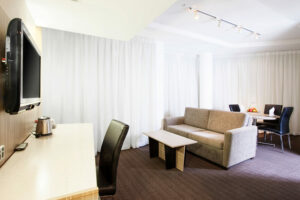 Metro Hotel Marlow Sydney Central Junior Suite