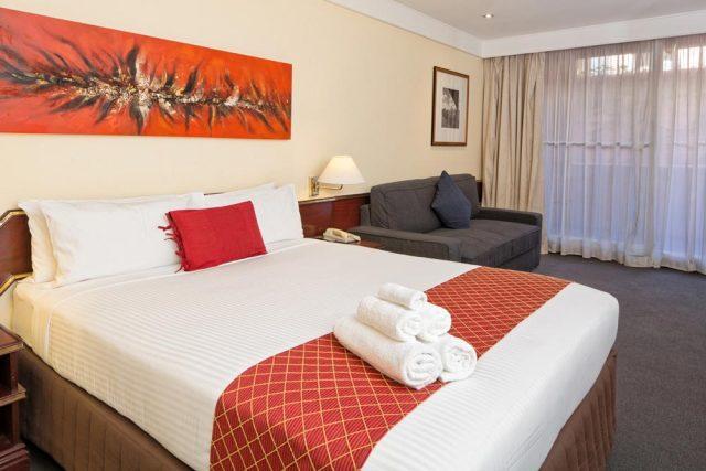 Standard Room | Metro Aspire Hotel, Sydney