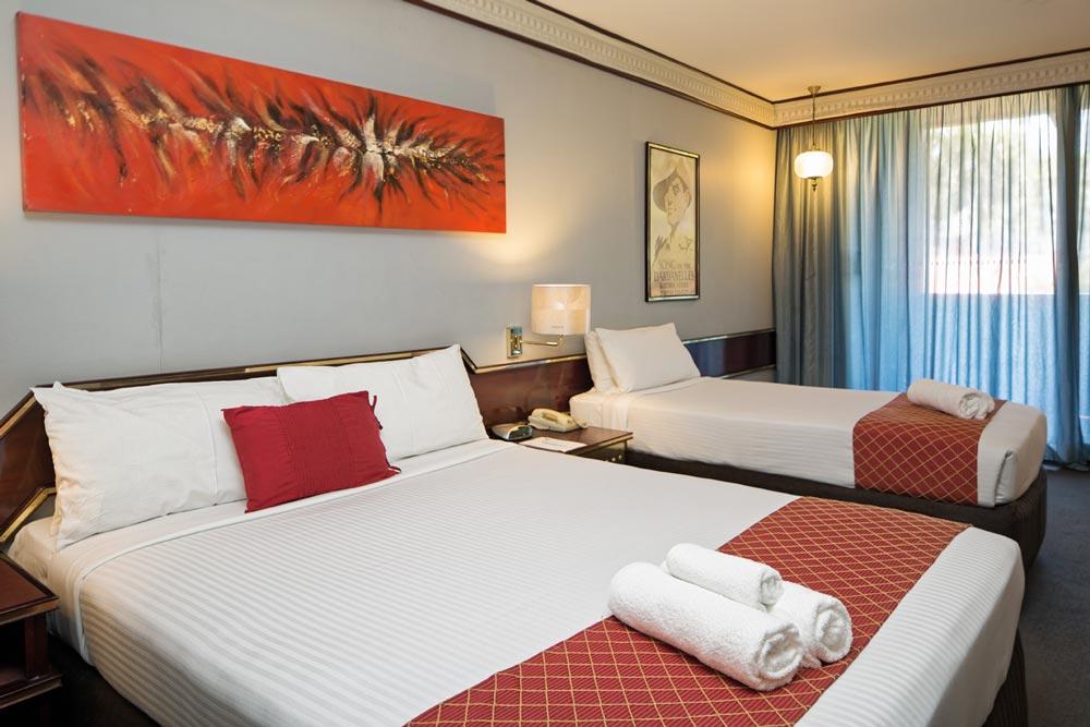 Standard Premium | Metro Aspire Hotel, Sydney
