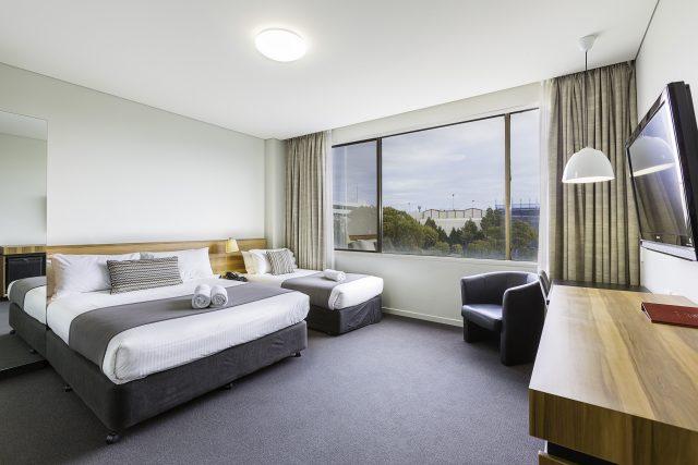 Disabled Twin Room | Metro Hotel Miranda