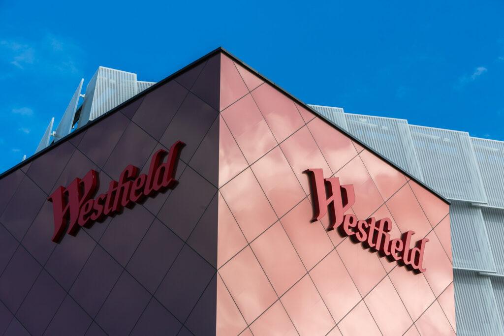 metro-hotel-miranda-local-attractions-westfield-4lr