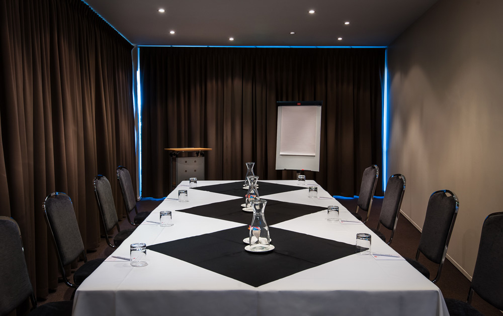 Metro Hotel Perth Conference Room