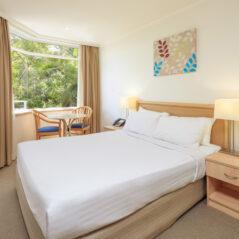 newport-standard-bedroom