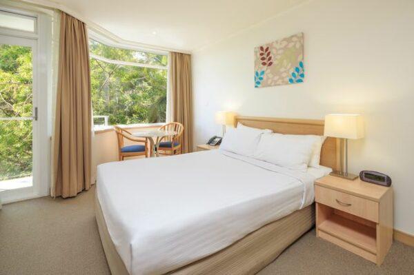 Metro Mirage Hotel Newport Standard Room
