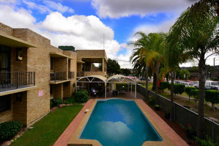 Metro Inn Ryde Swimming Pool