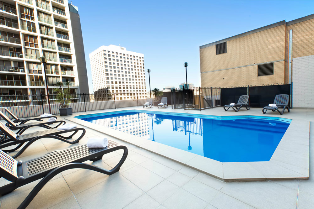 Metro Hotel Marlow Sydney Central Rooftop Swimming Pool