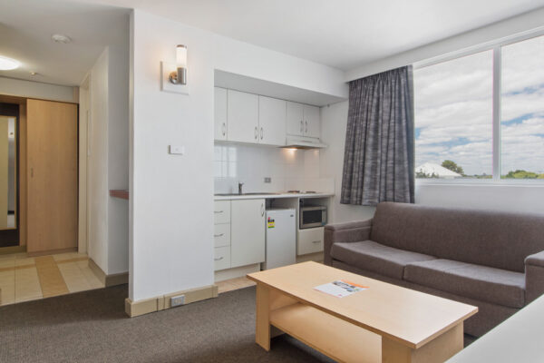 Metro Hotel Perth One Bedroom Apartment