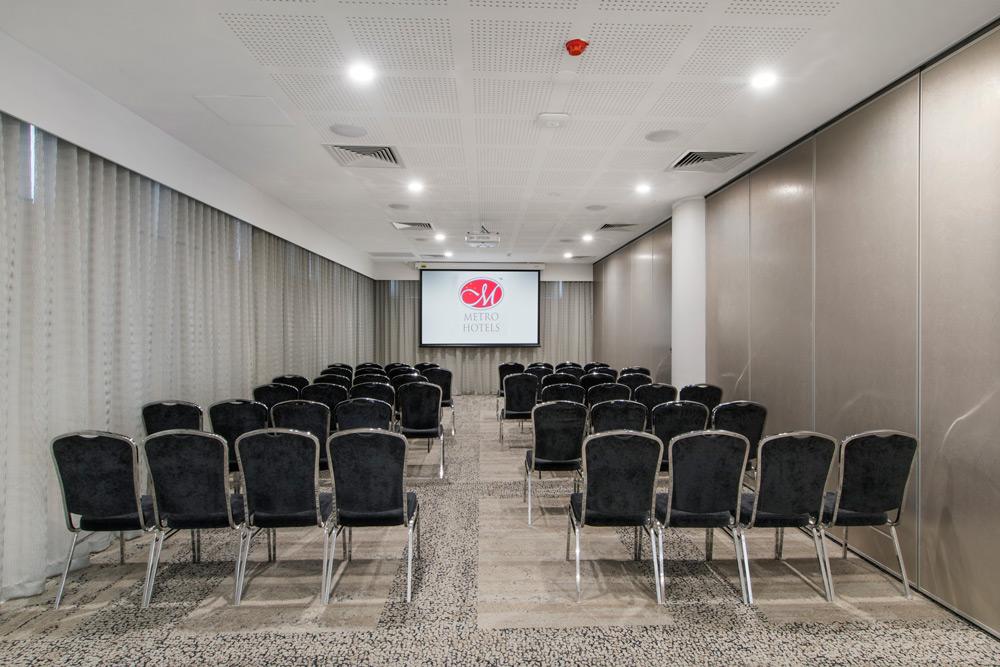 White Swan Room | Metro Hotel Perth