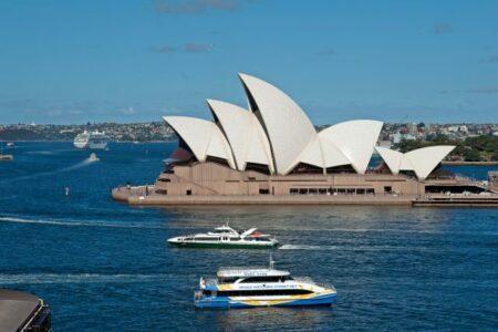 Explore Sydney - Metro Apartments on Darling Harbour