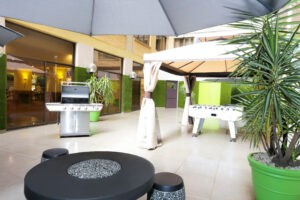 Metro Hotel Marlow Sydney Central Courtyard