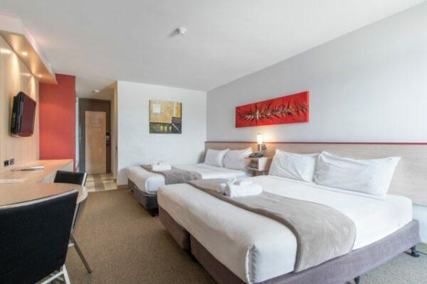 Metro Hotel Perth Standard Room