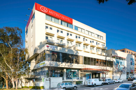 Early Bird Hot Deal - Metro Hotel Miranda