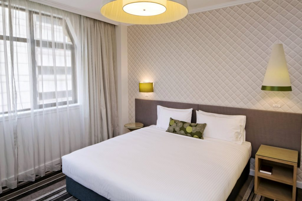 Deal of the Day | Metro Hotel on Pitt