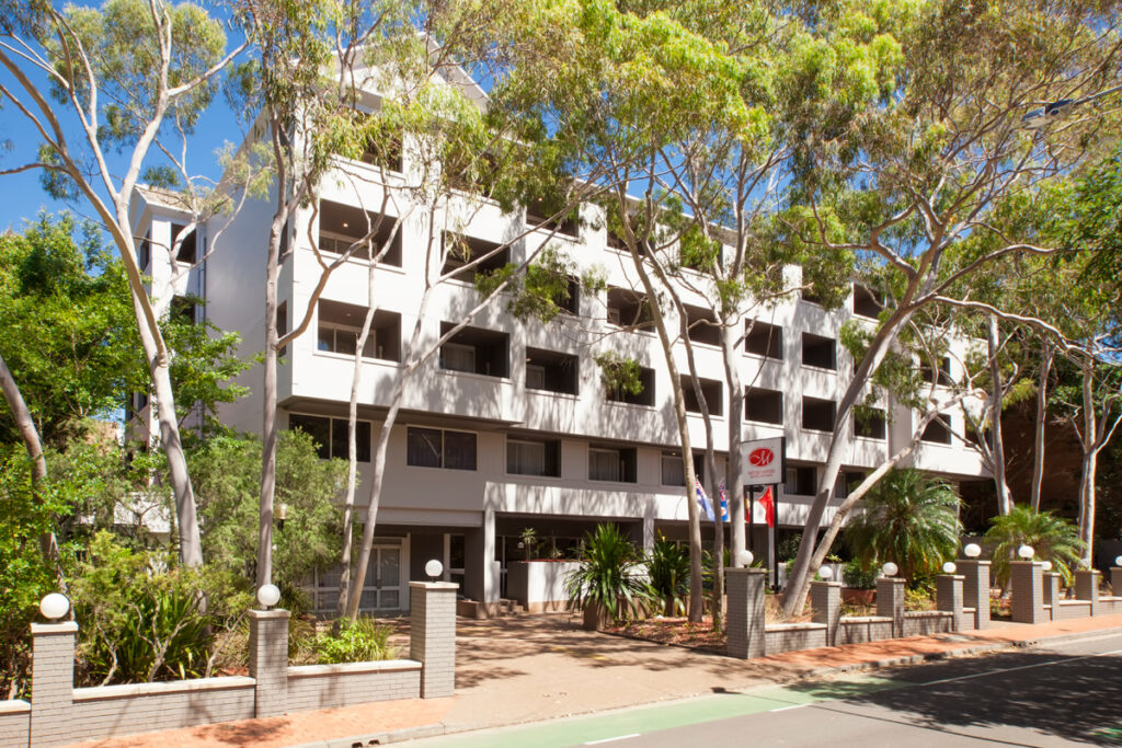 Metro Aspire Hotel, Sydney exterior