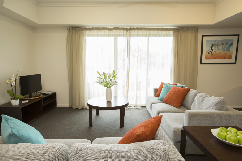 Metro Advance Apartments & Hotel Darwin 2 BR Family Apartment Lounge