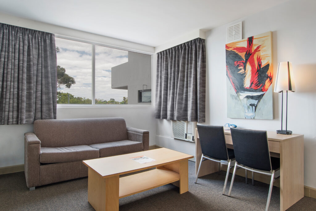 metroHotelPerth_oneBedroomApartment