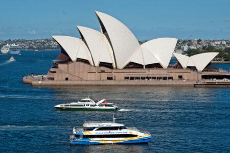 Explore Sydney - Metro Aspire Hotel, Sydney