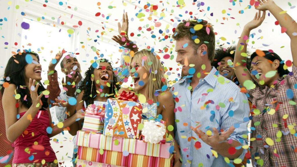 21st-birthday-nightcruiser-party-bus-birthday-party