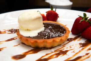 Metro Aspire Hotel, Sydney Gumtree Restaurant & Bar Dessert