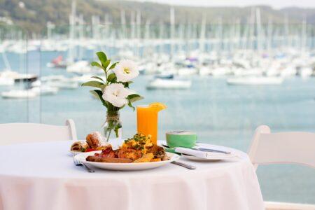 Free Breakfast! - Metro Mirage Hotel Newport