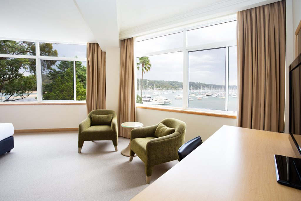 Waterfront-Spa-Room_MMHN-(5)_lowRes