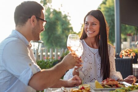 Couples City Apartment & Dinner Escape - Metro Advance Apartments & Hotel Darwin
